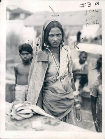 Dalit_or_Untouchable_Woman_of_Bombay_(Mumbai)_according_to_Indian_Caste_System_-_1942